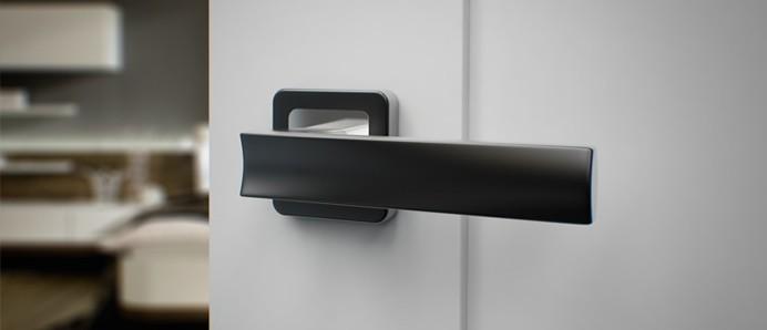 Ponúkame moderné dverové kľučky a kovania.